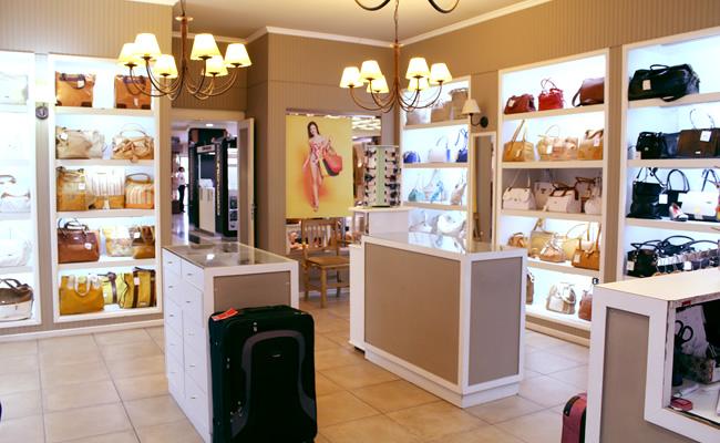596664374 XL Extra Large - Devoto Shopping - Ubicado en el Corazón de Villa Devoto