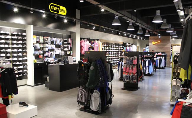 básico Escarpado Gracia  Sportline Nike - Devoto Shopping - Ubicado en el Corazón de Villa Devoto
